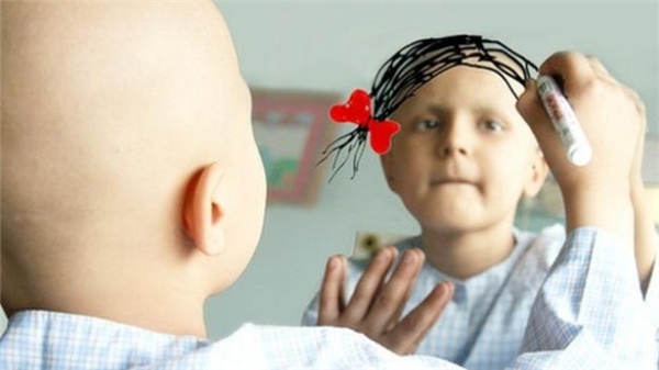 Ướcmơ nhỏ bé của em bé bị ung thư.