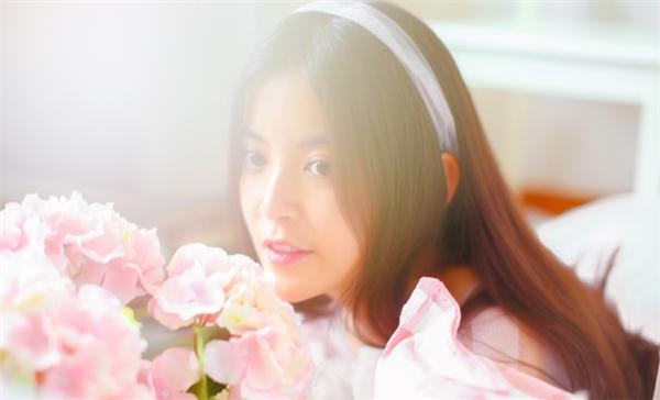 Nữ thần mới với vẻ đẹp thanh thoát khiến cư dân mạng Trung Quốc đổ rạp