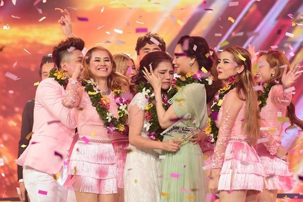 Minh Như đăng quang ngôi vị Quán quân cuộc thi Nhân tố bí ẩn - X- Factor 2016. - Tin sao Viet - Tin tuc sao Viet - Scandal sao Viet - Tin tuc cua Sao - Tin cua Sao
