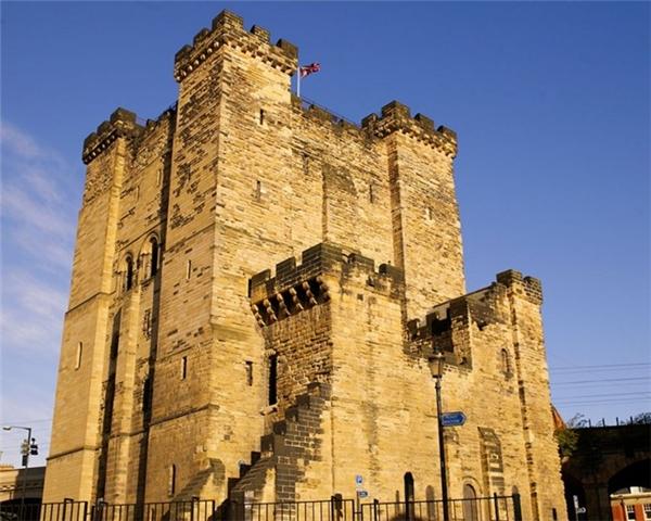 Lâu đài Keep ở Anh là một trong những công trình cổ nhất Newcastle. (Ảnh: Internet)