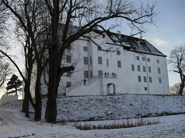 Lâu đài Dragsholmnày từng là nơi ở của các quý tộc có địa vị cao. Sau đó trở thành nhà tù. (Ảnh: Internet)