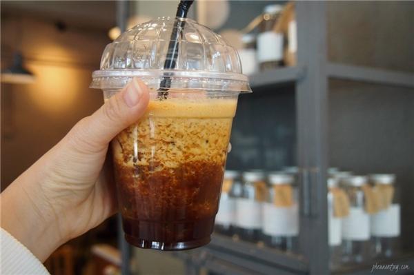 """Ly cà phê """"thần thánh"""" cho những ngày hè oi bức. (Ảnh: Internet)"""