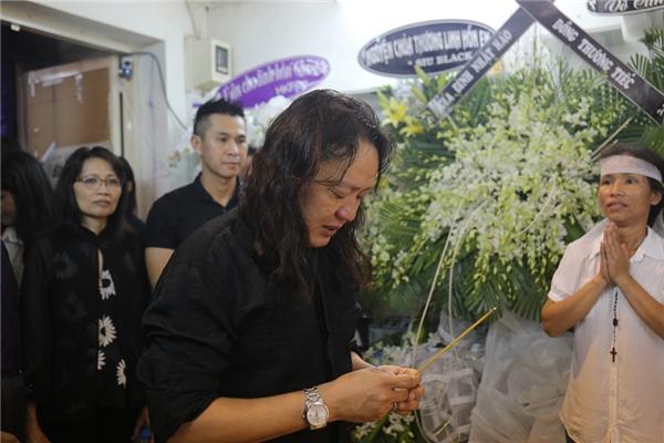 Trời bất ngờ mưa lớn khi Nhật Hào vừa đến nhà Minh Thuận - Tin sao Viet - Tin tuc sao Viet - Scandal sao Viet - Tin tuc cua Sao - Tin cua Sao