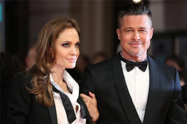 Brad Pitt luôn thể hiện là một người đàn ông yêu thương, chăm sóc và ủng hộ hết mình cho người người mình yêu.