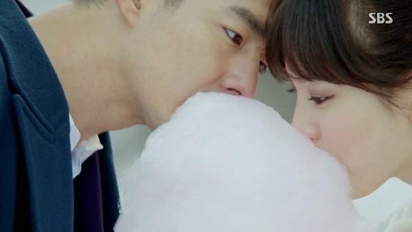 Jo In Sung và Song Hye Kyo đã vẽ nên một chuyện tình thật đẹp.
