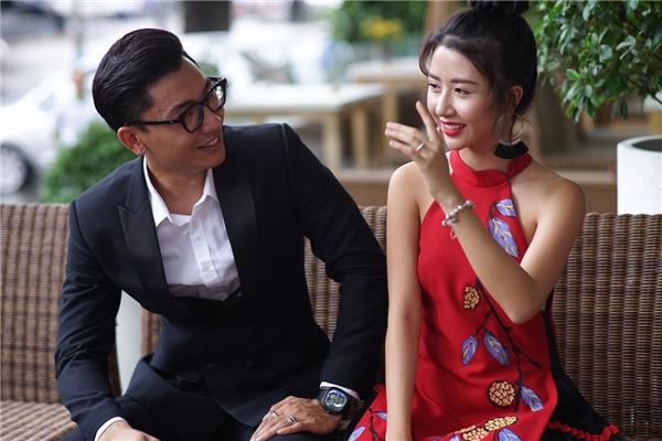 """Đời Cho Ta Bao Lần Đôi Mươilà dự án đầu tiên của Quỳnh Anh Shyn trong vai trò diễn viên điện ảnh.Đảm nhận vai Mỹ Phương trong phim, ngoài việc sở hữu một ngoại hình cực kìxấu xí, nhân vật do Quỳnh Anh Shyn diễn xuấtcòn là một """"Yes girl"""" nhu nhược chính hiệu. - Tin sao Viet - Tin tuc sao Viet - Scandal sao Viet - Tin tuc cua Sao - Tin cua Sao"""