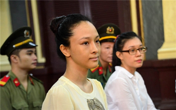 Phương Nga tại phiên xét xử. - Tin sao Viet - Tin tuc sao Viet - Scandal sao Viet - Tin tuc cua Sao - Tin cua Sao