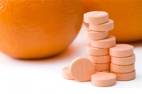Chính là viên kẹo vitamin C đơn điệu này đấy.(Ảnh: Internet)