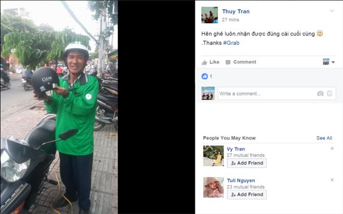 """Giới trẻ Sài Gòn bắt """"xe ôm"""" để săn nón bảo hiểm, thực hư ra sao?"""