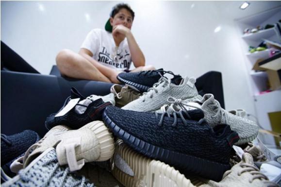 Từ niềm đam mê bất tận với những đôi sneaker,Kapelushnik đã biến nó thành ý tưởng kinh doanh.
