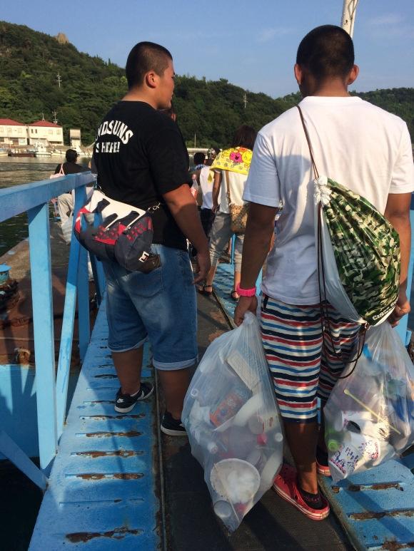Người Nhậtđược dạy từ nhỏ phải có trách nhiệm với rác thải của chính mình.