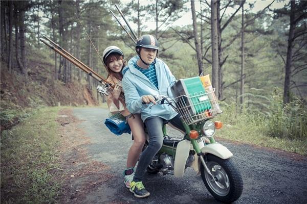 """Cặp đôi """"câu cá""""Hari Won – Ngô Kiến Huy ở 49 Ngày phần một."""