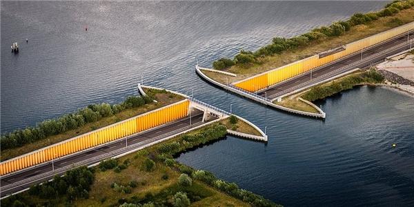Veluwemeer làmột công trình kiến trúc độc đáo của thế giới