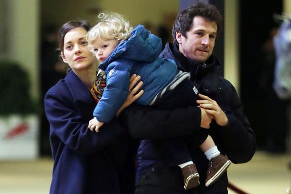 Gia đình của Marion Cotillard và Guillaume Canet