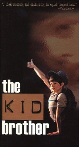 """Khi còn là một đứa trẻ Kenny là nhân vật chính trong một cuốn phim tài liệu năm 1988 có tên gọi """"The Kid Brother""""."""