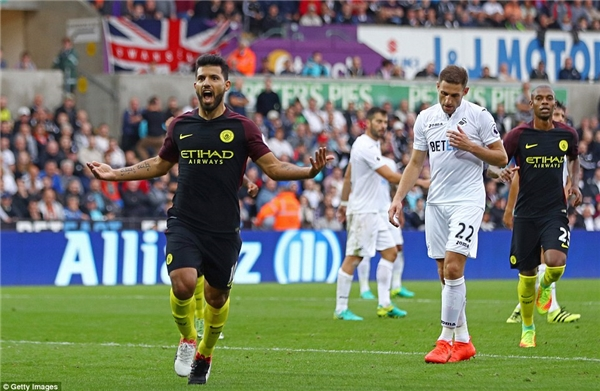 Aguero giúp Man City đánh bại Swansea. (Ảnh: Internet)