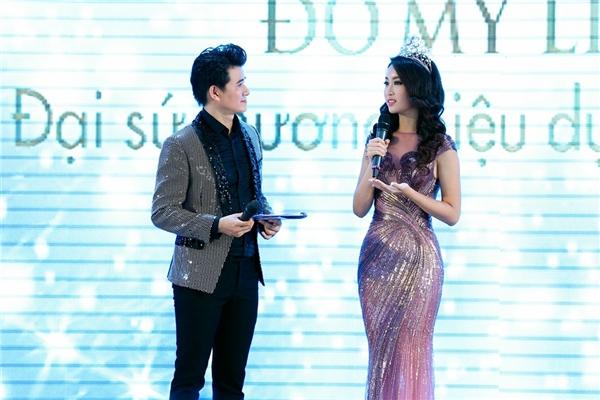 Vì sự hiểu ý đó mà cả hai đã có những màn tung hứng thú vị và tự nhiên trên sân khấu chương trình.