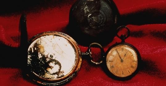 Chiếc đồng hồ bỏ túi của một hành khách trên tàu Titanic được phát hiện trong lần trục vớt.