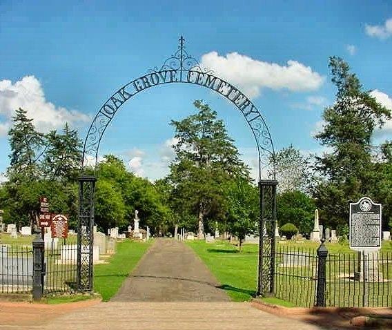 Wi-Fi ở nghĩa tranggiúp khách viếng thăm có thể tìm kiếm sơ đồ phả hệ dễ hơn.