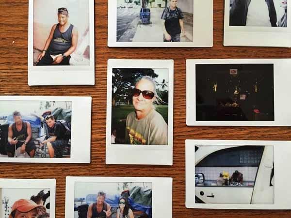 Hình ảnh những người vô gia cư ở Hawaii trong bộ sưu tập của Diana Kim
