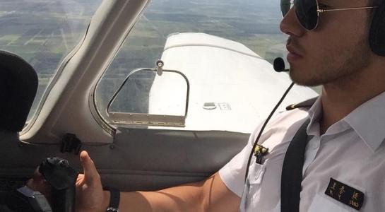 Chàng phi công điển trai nhất Hàn Quốc từng khổ sở vì bệnh béo phì