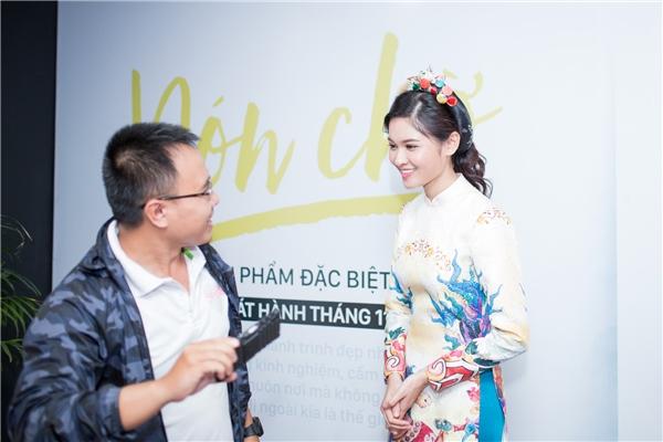Á hậu Thùy Dung xinh như cô Tấm với áo dài truyền thống