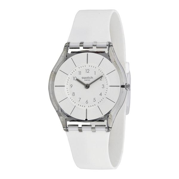 Chiếc Swatch White Classinesss SFK360 đình đám siêu mỏng với độ dày chỉ như một chiếc thẻ ATM ôm sát cổ tay, tinh tế và thời trang với mức giá 2.860.000 đồng.