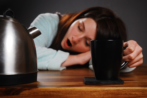 Phụ nữ thường cảm thấy buồn ngủ sớm hơn khoảnghai tiếng so với đàn ông.