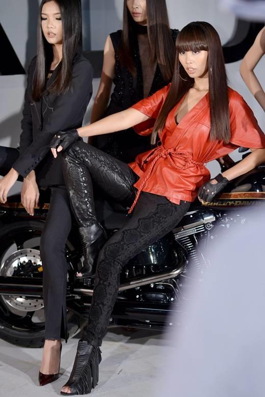 Hà Anh sở hữu mái tóc đặc trưng vào nếp theo chân dài hơn 5 năm qua. - Tin sao Viet - Tin tuc sao Viet - Scandal sao Viet - Tin tuc cua Sao - Tin cua Sao