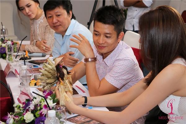 Hoa hậu Hoàn vũ Việt Nam 2015 Phạm Hương có kinh nghiệm tại đấu trường Miss Universe nên cô đặc biệt lưu ý các bài thi phải tính đến giải pháp, cách xử lý để người kế nhiệm cô có được sự thoải mái, thật tự tin khi trình diễn.