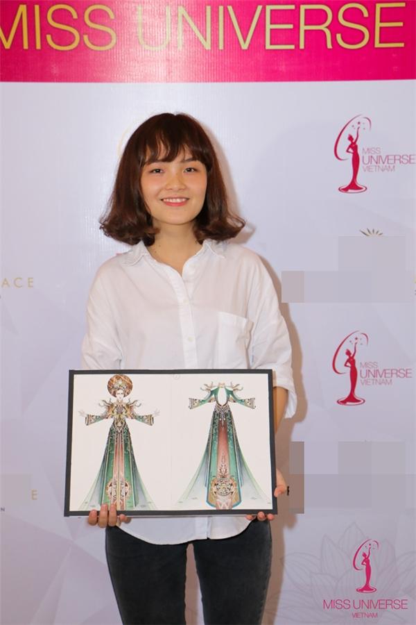 Thí sinh nữ duy nhất lọt vào top 10 làPhạm Lâm Mỹ, sinh viên chuyên ngành thiết kế thời trang. Cô gái này mang đến sự bất ngờ trong việc sử dụng chất liệu gỗ làm vương miệm và chất liệu ,mica uốn nhuộm màu cho giải pháp thực hiện của mình.