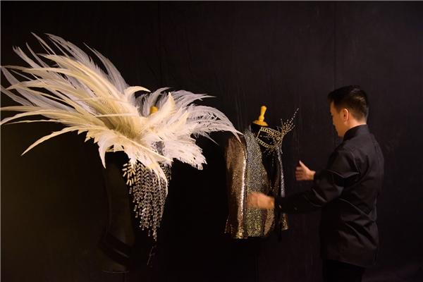 Hé lộ 7 bí mật và trang phục khủng trong liveshow Mr Đàm - Tin sao Viet - Tin tuc sao Viet - Scandal sao Viet - Tin tuc cua Sao - Tin cua Sao