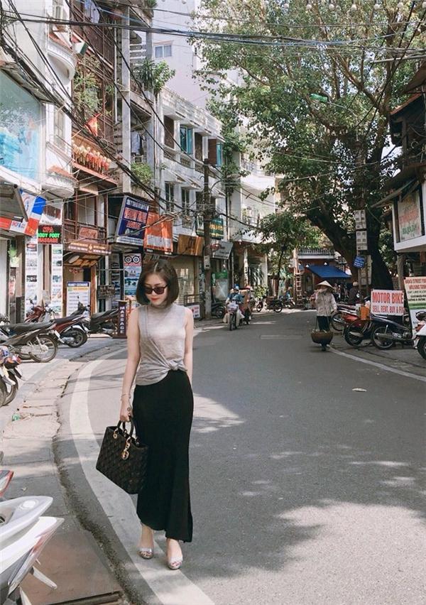 Những hình ảnh thường xuyên được cập nhật gần đây, Hương Tràm như một sức hút của cô gái xinh đẹp tràn đầy năng lượng. Cô biến hóa mình ở nhiều hình ảnh khác nhau mà hình ảnh nào cũng tươi trẻ và ấn tượng. - Tin sao Viet - Tin tuc sao Viet - Scandal sao Viet - Tin tuc cua Sao - Tin cua Sao
