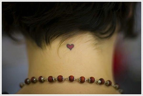 Tình yêu có nhiều kiểu bày tỏ, và hình xăm cũng là một cách tỏ tình đáng nhớ.