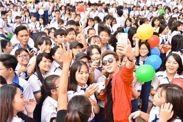 Màn tam ca Sơn Ngọc Minh, Minh Xù, Trương Quốc Bảo khiến fan sướng rơn