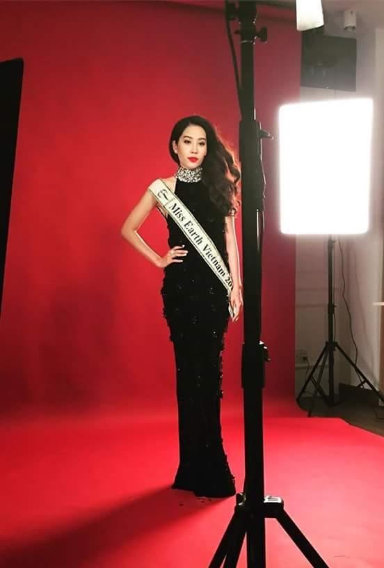 Nam Em bị mất váy trước thềm Miss Earth: sự cố hay chiêu trò?