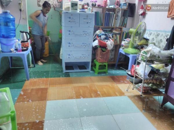 Các bạn mất rất nhiều thời gian để dọn dẹp lại căn phòng.