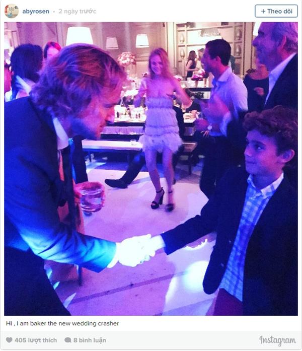 Nam diễn viên Owen Wilson bắt tay con trai tỷ phú Aby Rosen - ông trùm bất động sản đến từ Mỹ.