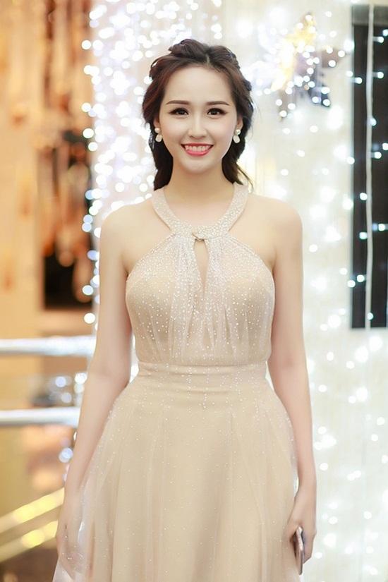 Mai Phương Thúy được đánh giá là một trong những Hoa hậu Việt có trình độ học vấn đáng ngưỡng mộ. - Tin sao Viet - Tin tuc sao Viet - Scandal sao Viet - Tin tuc cua Sao - Tin cua Sao