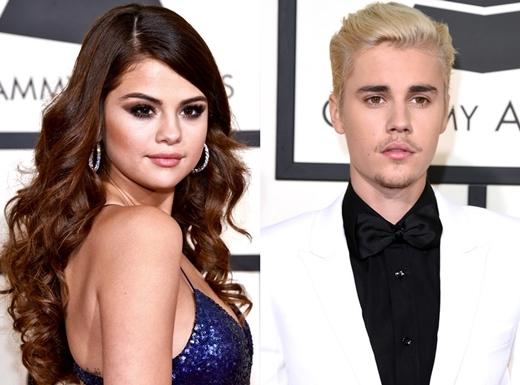 Thêm vào đó là trận cãi nhau với Justin Bieber đã đẩy tâm lí Selena rơi vào trạng thái nặng nề.