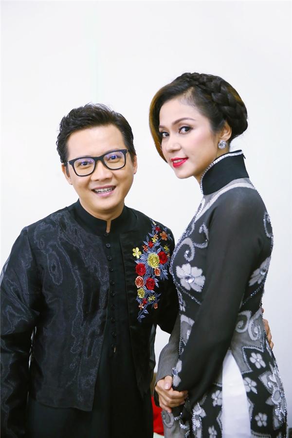 Nữ diễn viênViệt Trinh cũng sẽ là khách mời phỏng vấn của cặp thí sinh Quang Bảo – Quỳnh Chi. - Tin sao Viet - Tin tuc sao Viet - Scandal sao Viet - Tin tuc cua Sao - Tin cua Sao