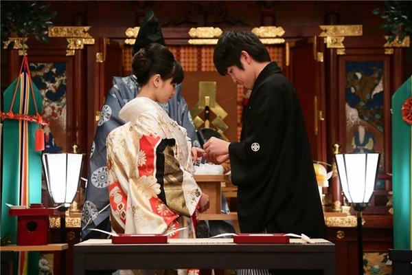 Họ tổ chức đám cưới lần đầuở Nhật...