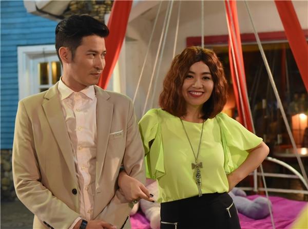 Huy Khánh - Lê Khánh hóa thân thành đôi vợ chồng khắc khẩu đầy vui nhộn trong sitcom mới.