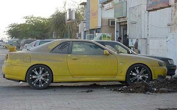 Có nhiều loại xe thuộc hàng hiếm vẫn bị bỏ phế như thường.