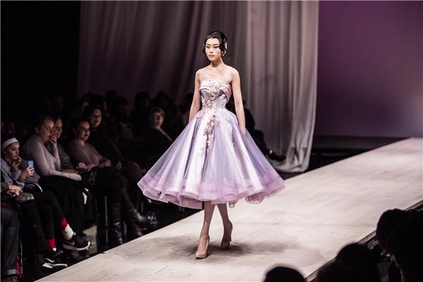 Những chiếc váy cưới đẹp lung linh như truyện thần thoại