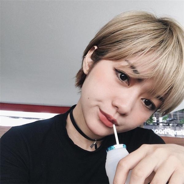 Nga Wendy trẻ trung nhí nhảnh với kiểu tóc này.