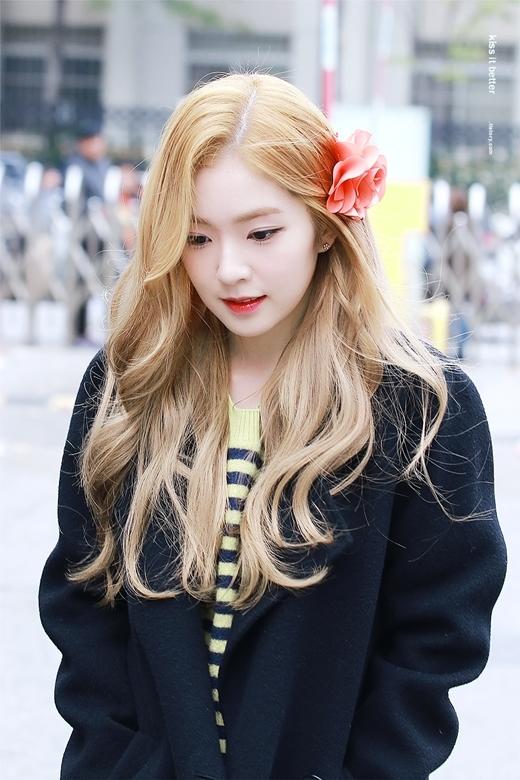 Irene tỏa sáng với màu tóc đặc biệt này.