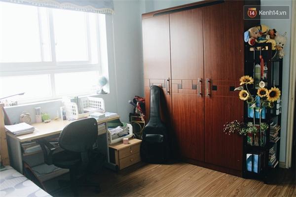 Đối với những căn phòng có tủ gỗ cỡ lớn...