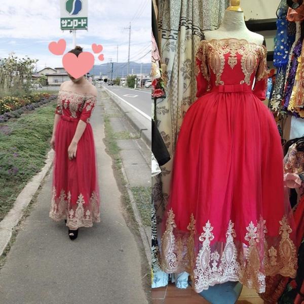 Chiếc đầm dạ hội được thiếu nữ cho là mặc vào giànhư mệnh phu nhân.