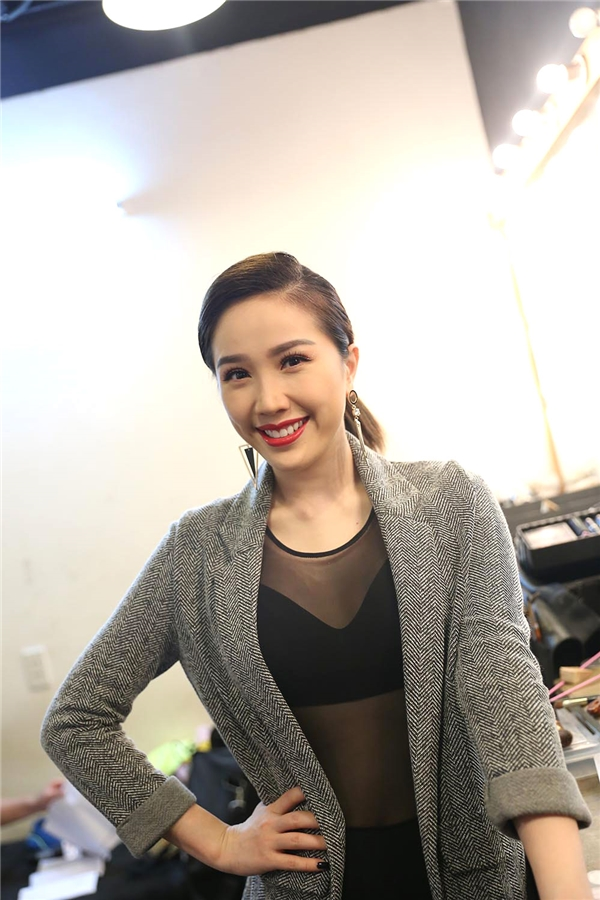 Lam Trường kỉ niệm chặng đường 20 ca hát bằng minishow - Tin sao Viet - Tin tuc sao Viet - Scandal sao Viet - Tin tuc cua Sao - Tin cua Sao